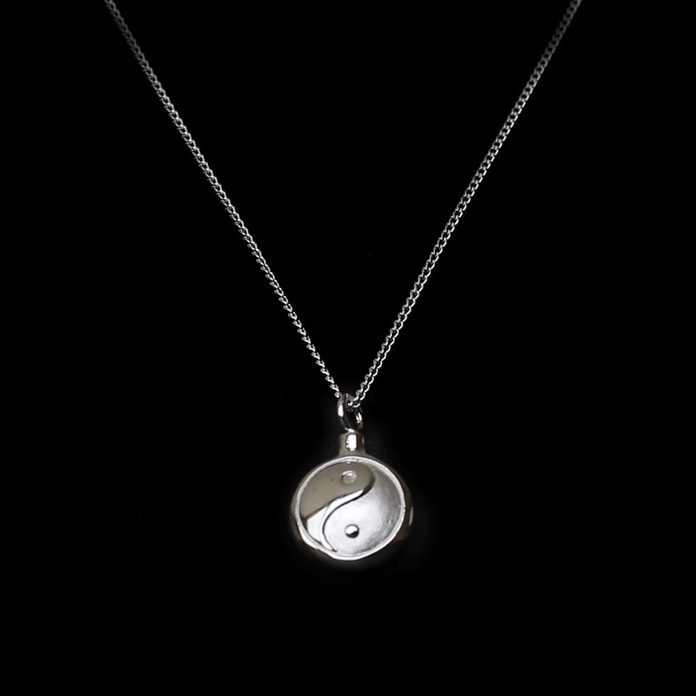 ashanger in zilver Ying Yang