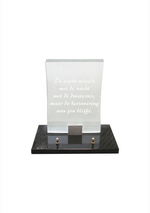 gedenksteen glas A106/B